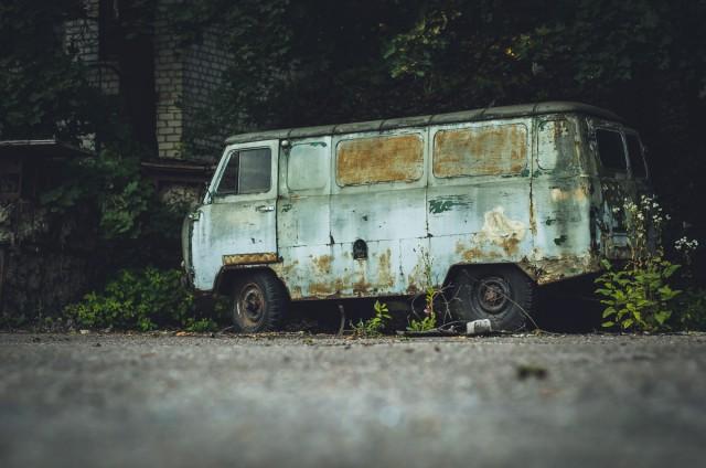 Vienui vieni. УАЗ-452